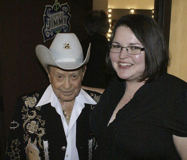 London woman has interviewed some of country music's biggest stars