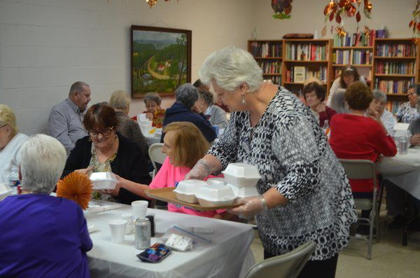 Rotary Club hosts Thanksgiving meal for senior citizens