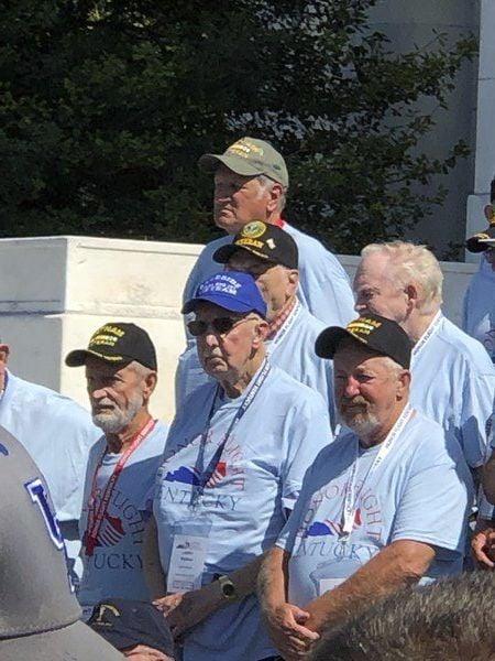 Local veterans take Honor Flight, receive hero's welcome