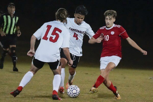 LOOKING AHEAD: <span>Redhounds, Lady Redhounds will make another run at soccer region titles</span>