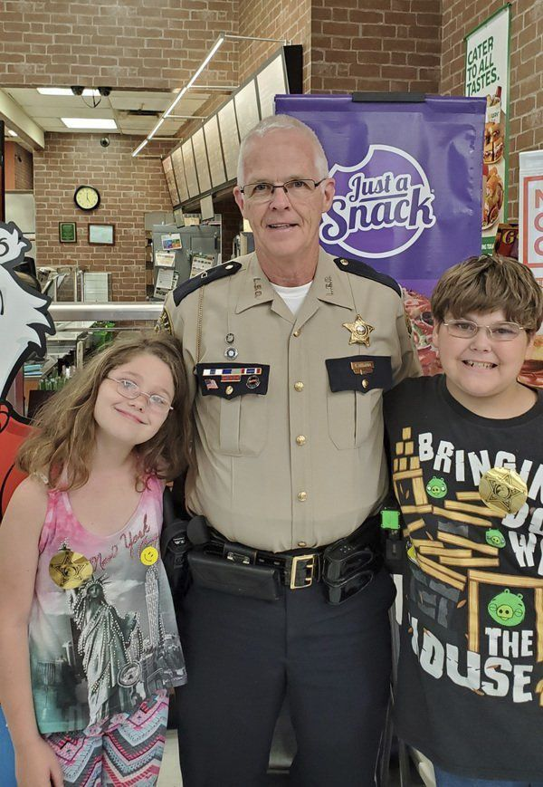 Sheriff's office participates in back-to-school event