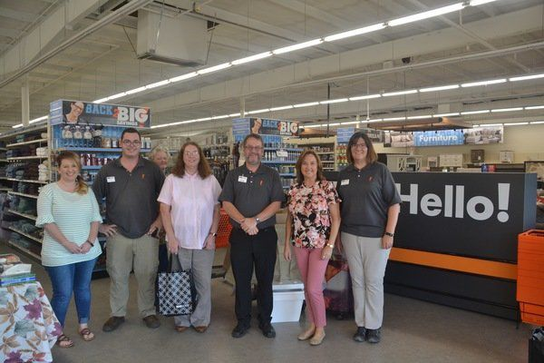 Big Lots celebrates new look and features