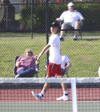 Redhounds battle Henry Clay to 2-2 tie