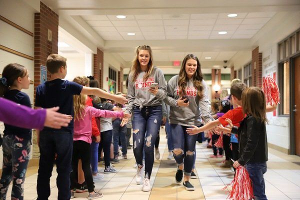 Lady Redhounds receive send-off as they prepare for state