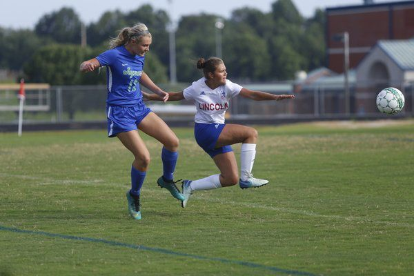 Lady Jaguars start new season with 6-1 win