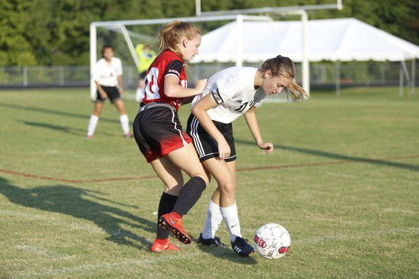 Cox's goal helps Lady Cards slip past Berea, 1-0