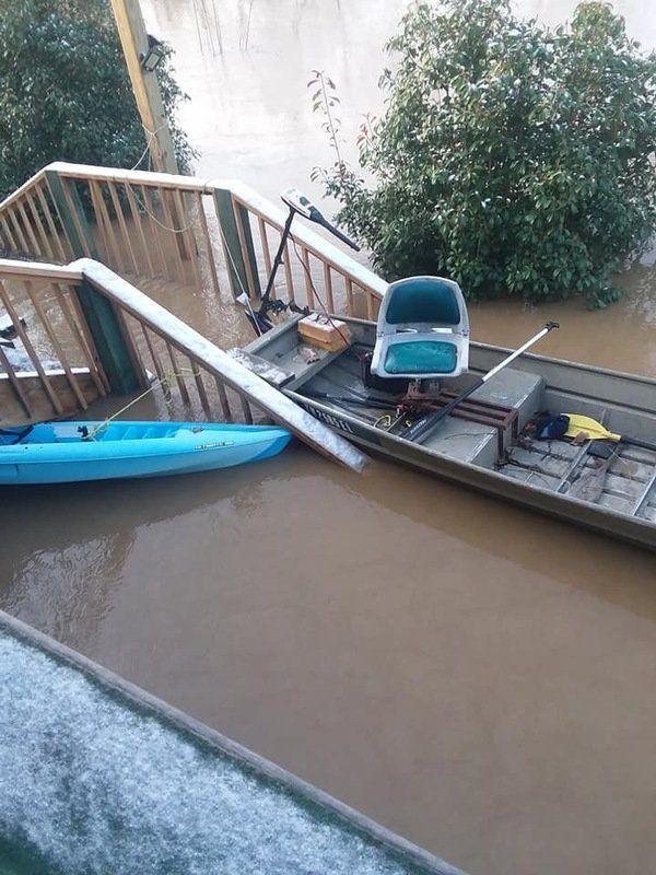<b>Residentstry to stay positive despite flooding problems</b>