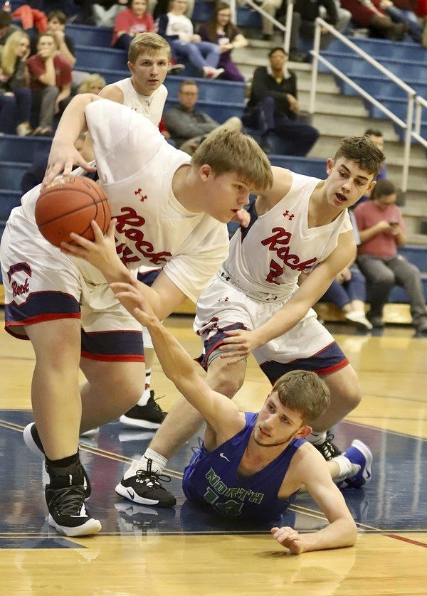 ROAD WARRIORS:Jaguarsimprove to 12-4 with win over Rockcastle County