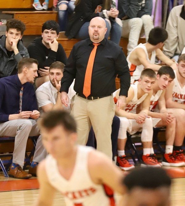 C<span>OVID-19 effect: How Williamsburg boys basketball coach Nick Napier, and his Yellow Jackets, are adapting to the pandemic</span>