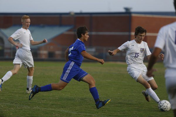 d89d922a Jaguars fall 7-0 in season's first game | Local Sports ...