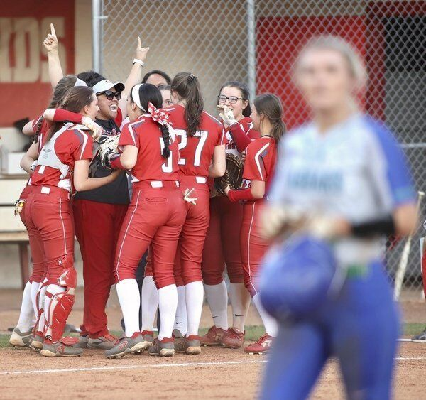 Corbin hammers out 10 hits in 6-5 win over North Laurel