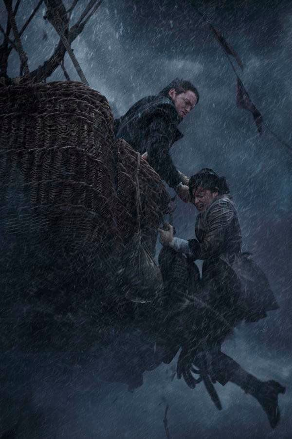 MOVIE REVIEW:Visually stunning, 'The Aeronauts' entertains but strays from history