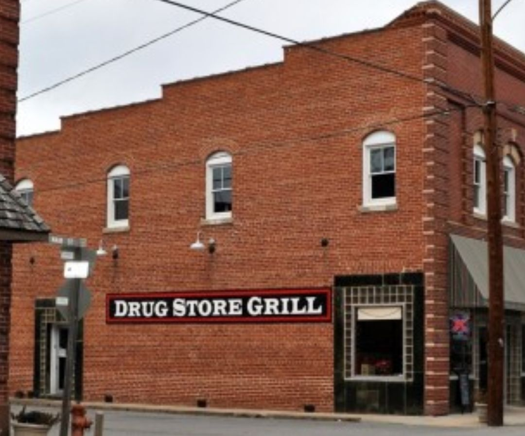 Small Business Spotlight: The Drug Store Grill offers excellent food, ambiance, and special events