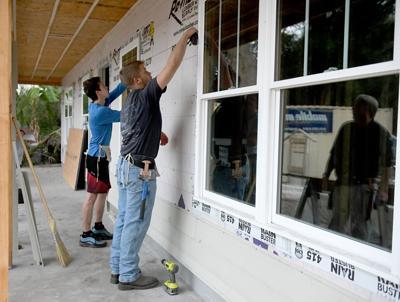 VHS students show construction skills