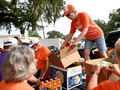 Spirited fans show tons of generosity