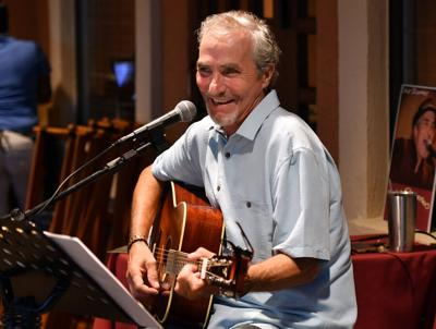 Entertainer returns to his musical roots