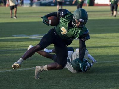 Gold pushes past Green in football scrimmage