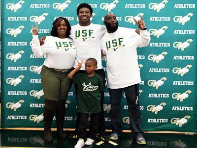 Buffalo to Bull: Harris off to South Florida
