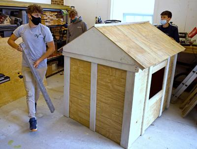 VHS students build playhouse for charity