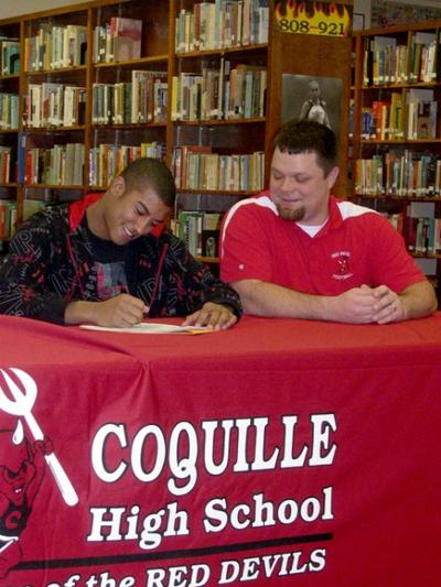 Harris chooses Wolves over Southern Oregon