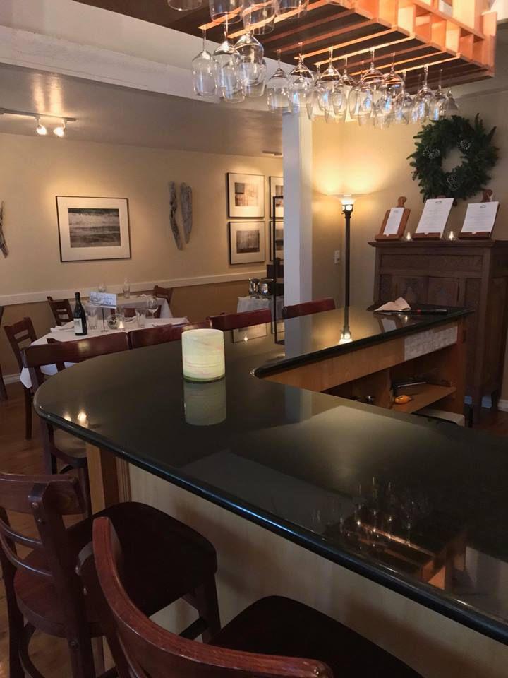 Alloro Wine Bar and Restaurant