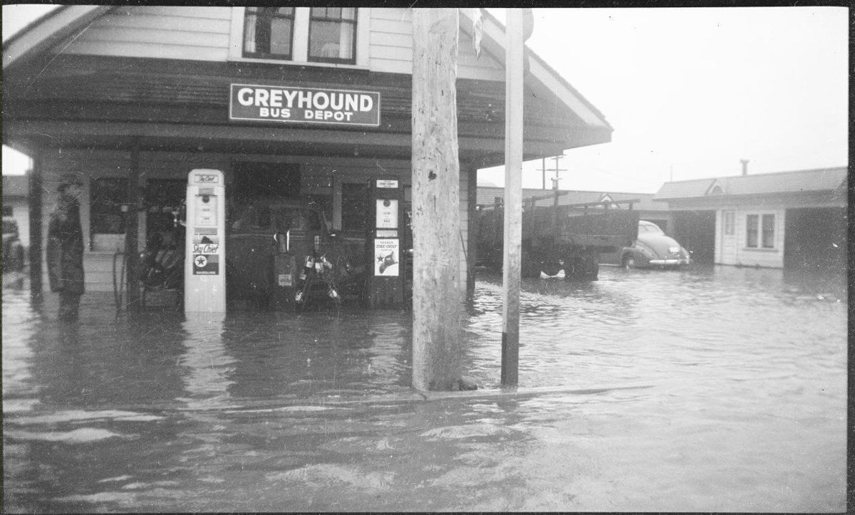 Flooding downtown, 1941