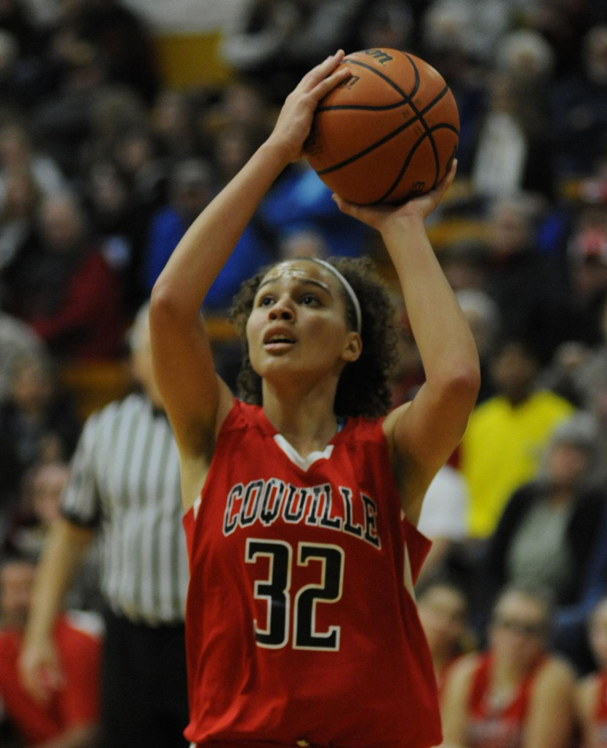 Coquille tops North Bend, 43 to 34