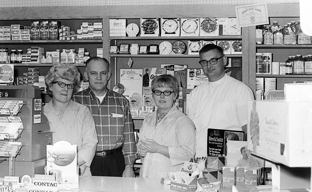 Bob and Phyllis Ray sell Ray's Pharmacy to Dave and Gina Swenson, 8/13/70