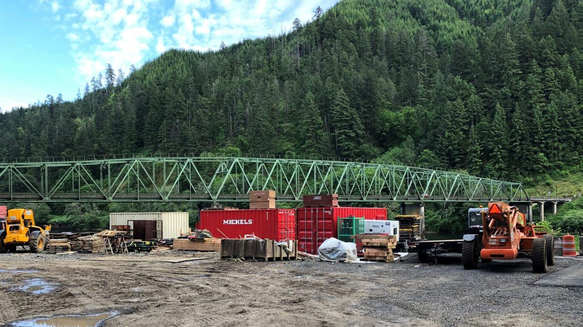 Scottsburg Bridge replacement underway