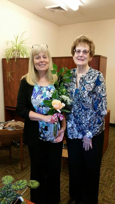 Coos Bay Garden Club members