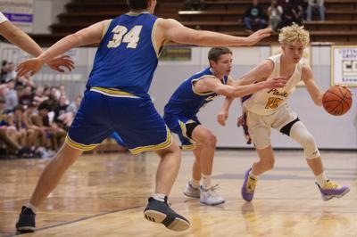 Marshfield Boys Basketball Vs. Cottage Grove