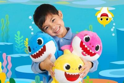 Singing 'Baby Shark' Toys Are So Popular They're Already Sold Out