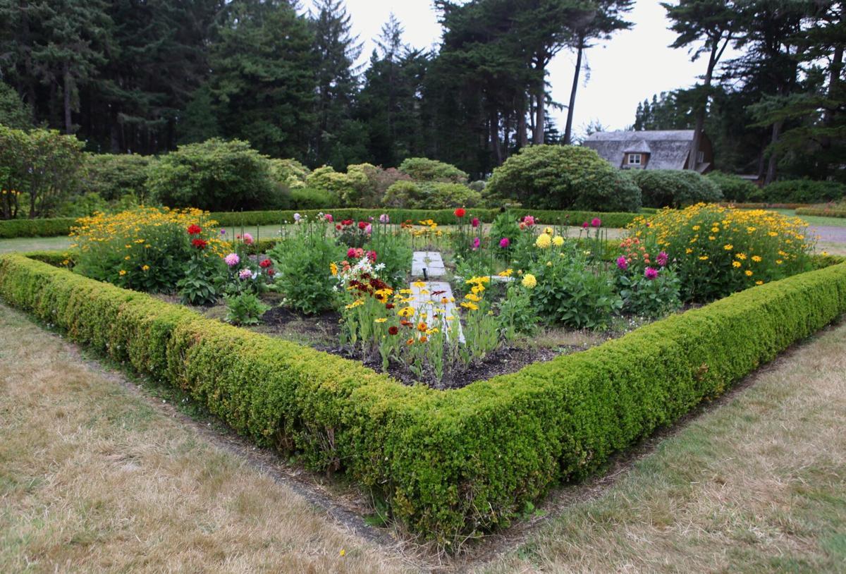 Shore Acres formal gardens