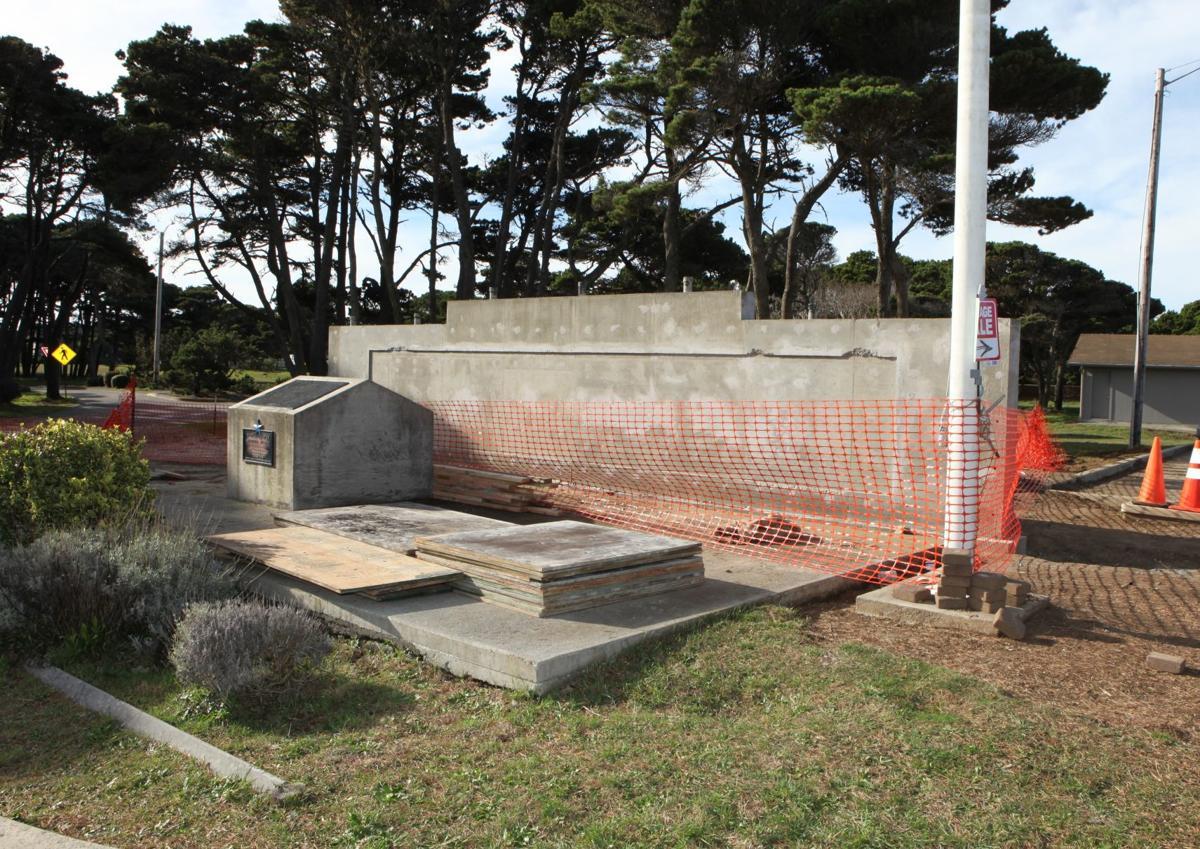 Bandon Veterans Memorial underway