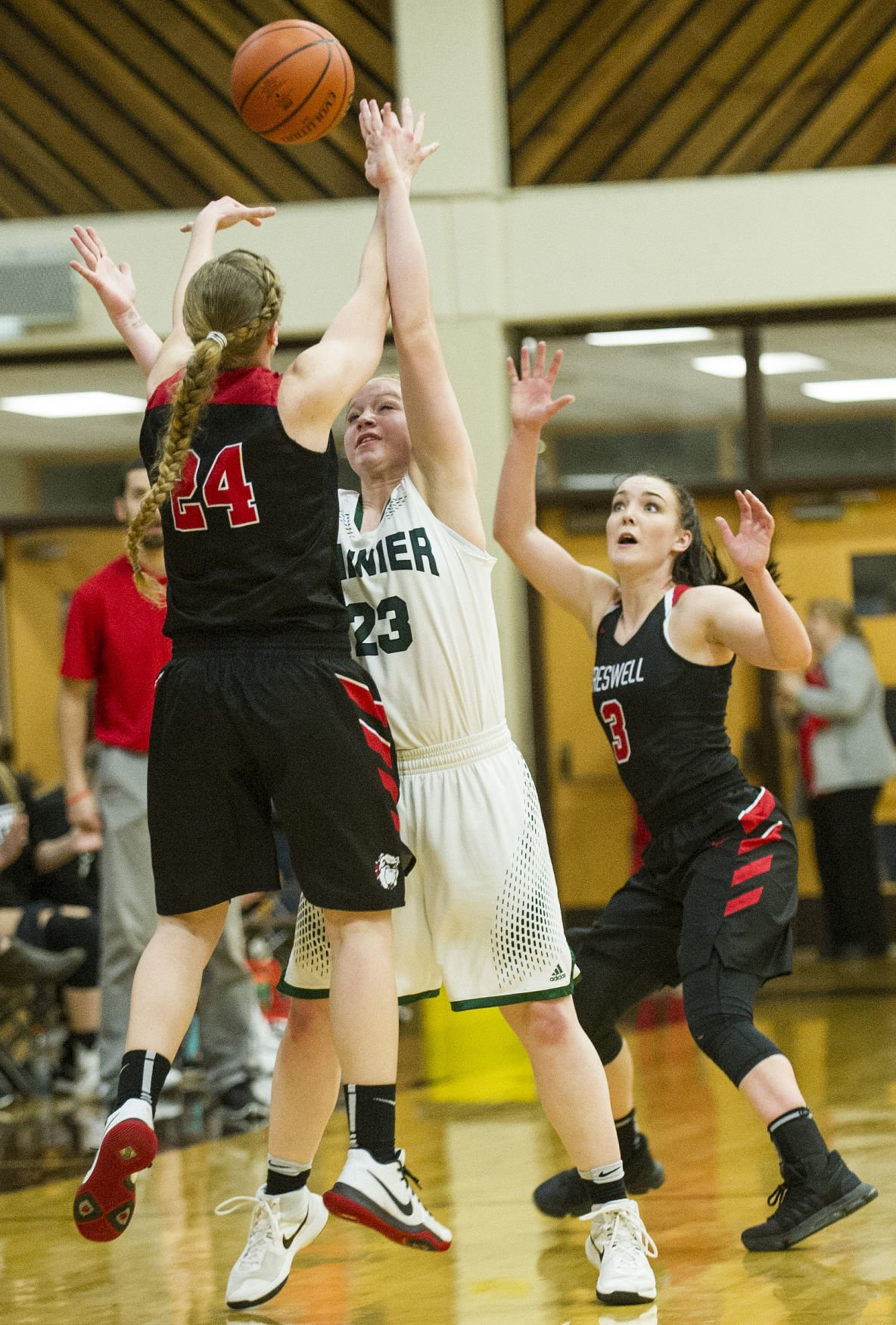 Rainier Girls Vs.Creswell