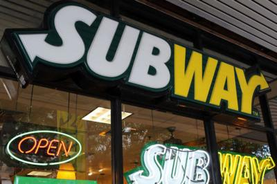 Subway Has Cheesy Garlic Bread On The Menu For A Limited Time