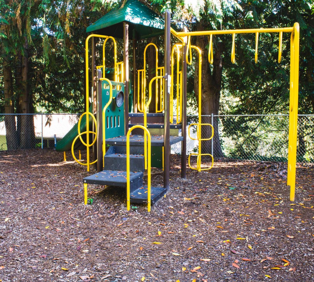 Hillside Terrace playground, Coquille