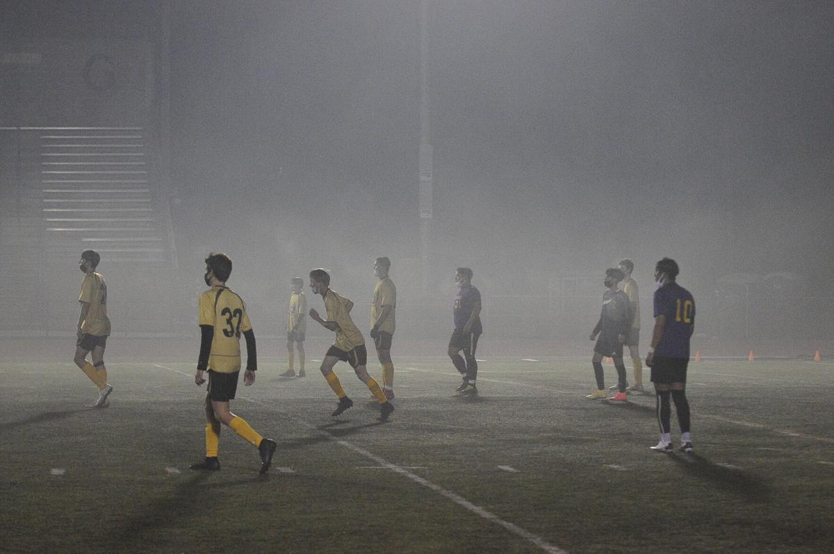 Marshfield-North Bend soccer