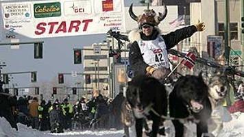 Iditarod race starts in Alaska with record 95 mushers