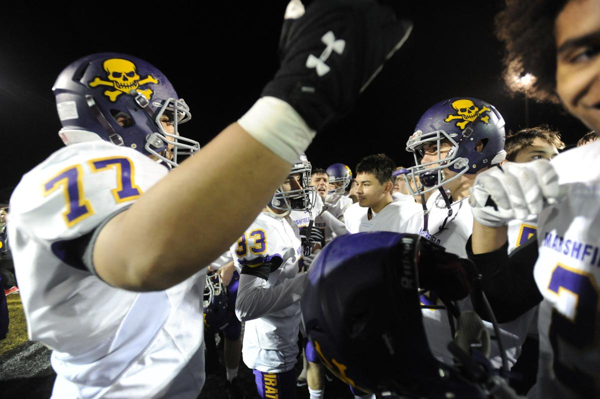 Pirates beat defending state champs, win league
