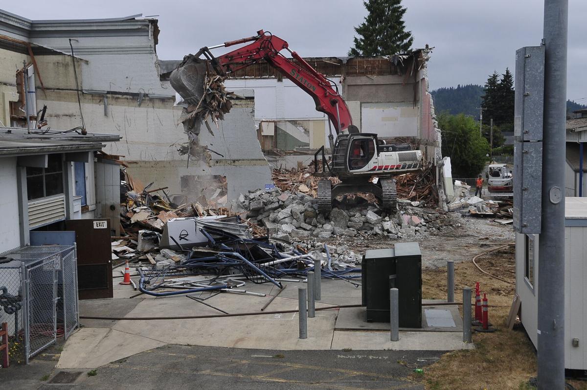 Myrtle Point demolition