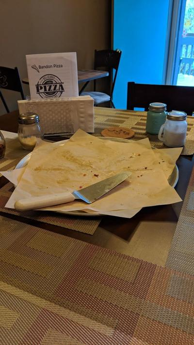 Bandon pizza finished