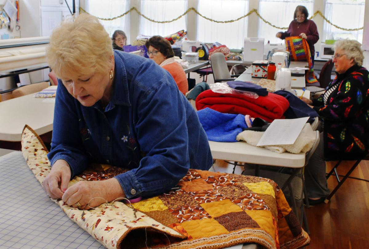 Coquille quilters_0809MR