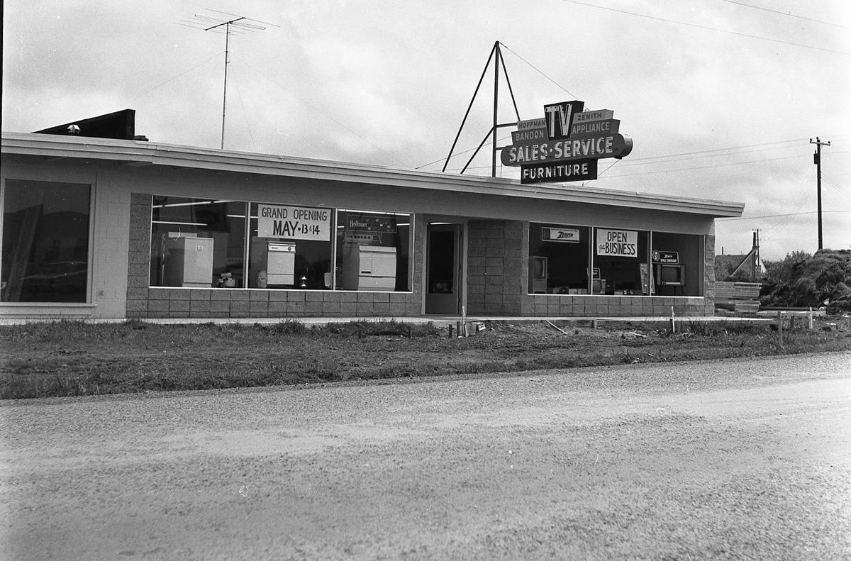 Bandon Appliance opening May, 1960