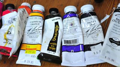 stock-artists paints.jpg