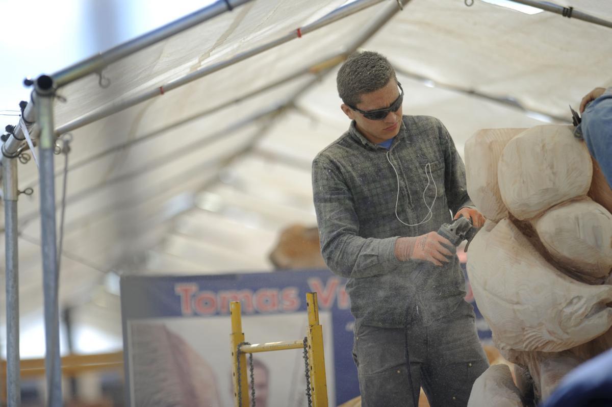 Chainsaw carving in reedsport galleries theworldlink