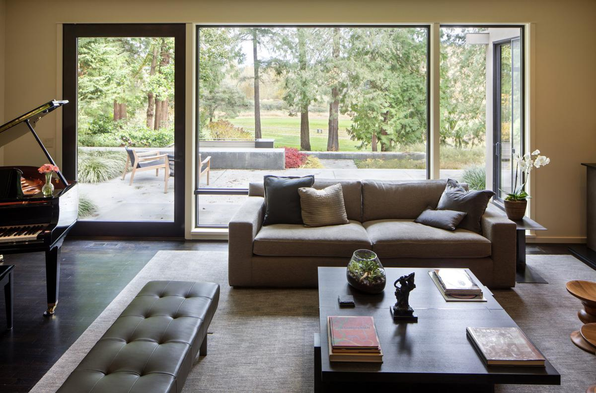 Cohesively contemporary