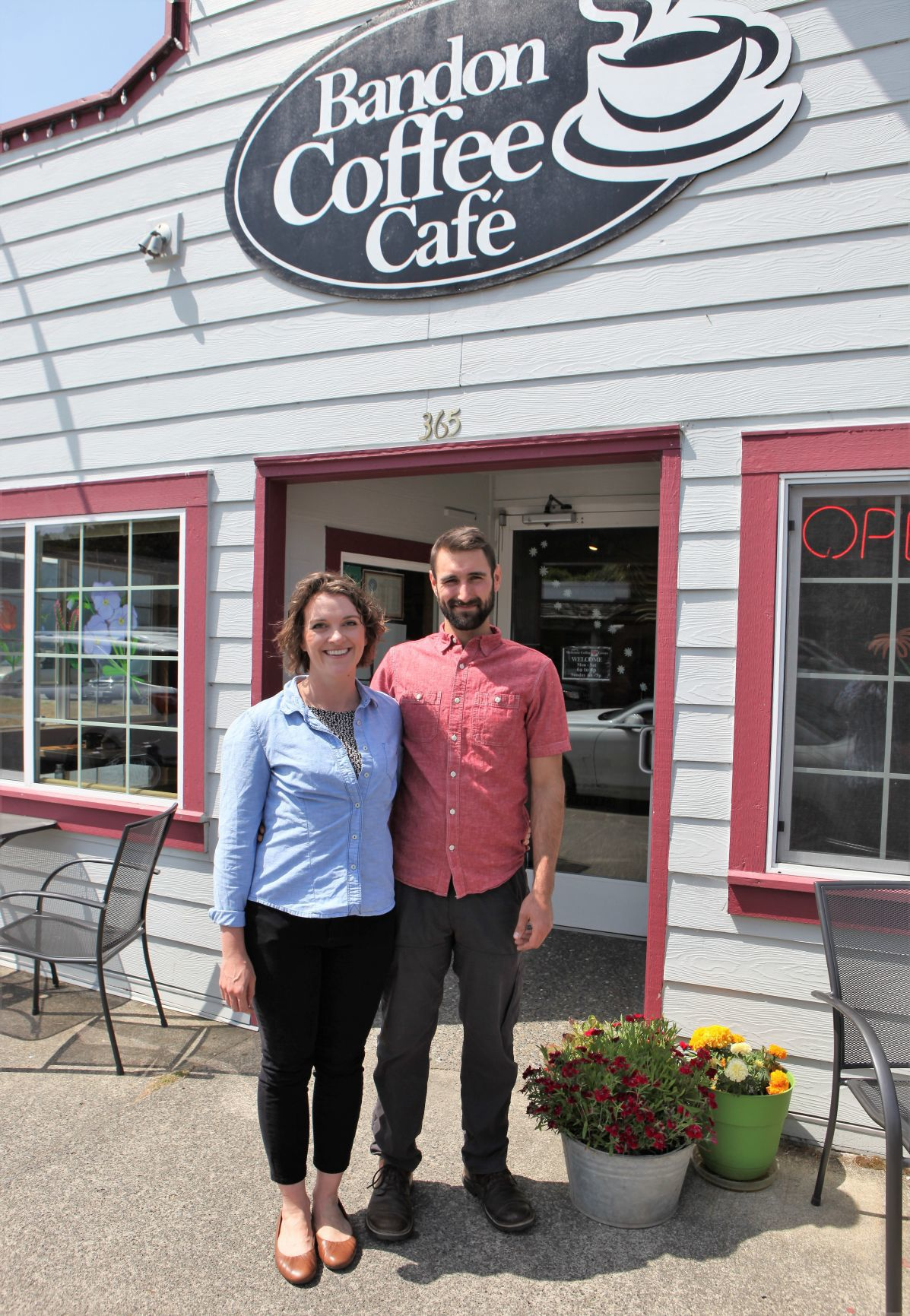 New owners of Bandon Coffee Cafe