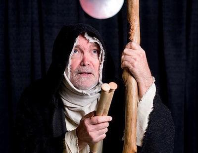 Rickie Birrin performs Revelation