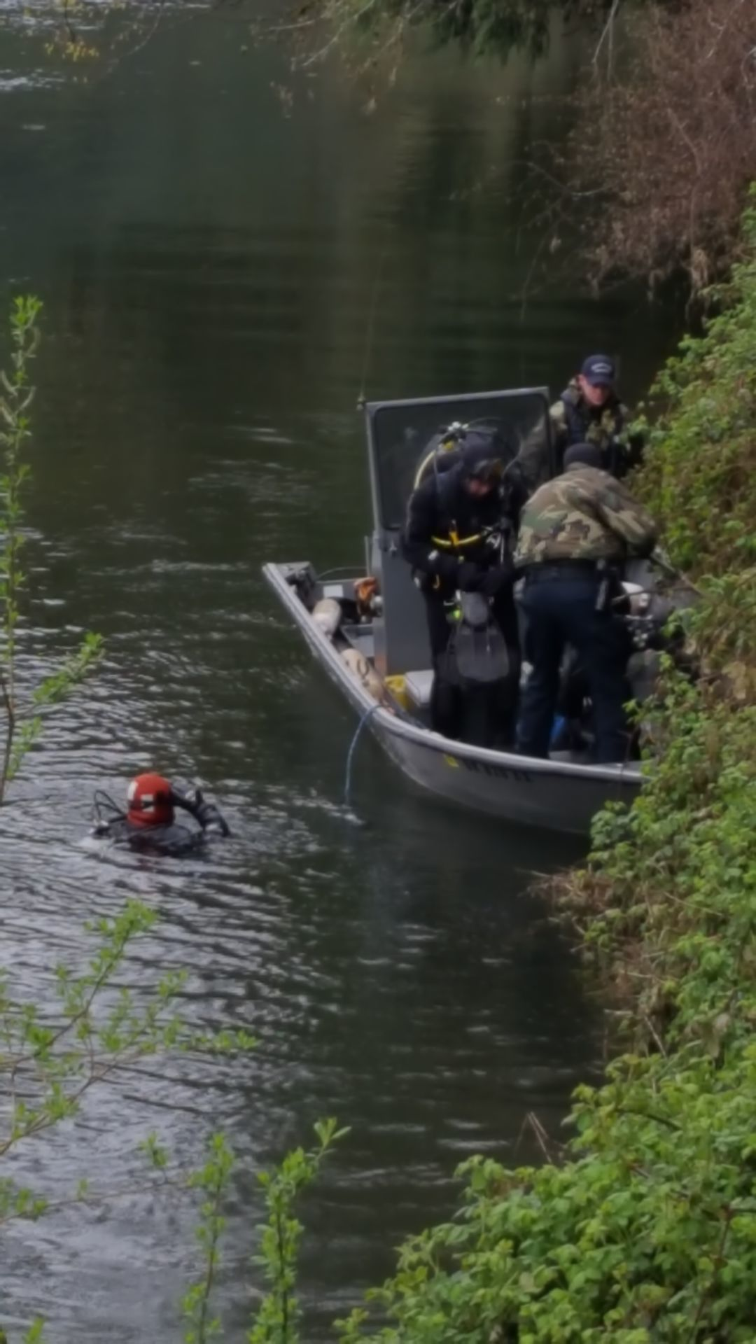 Divers recover body